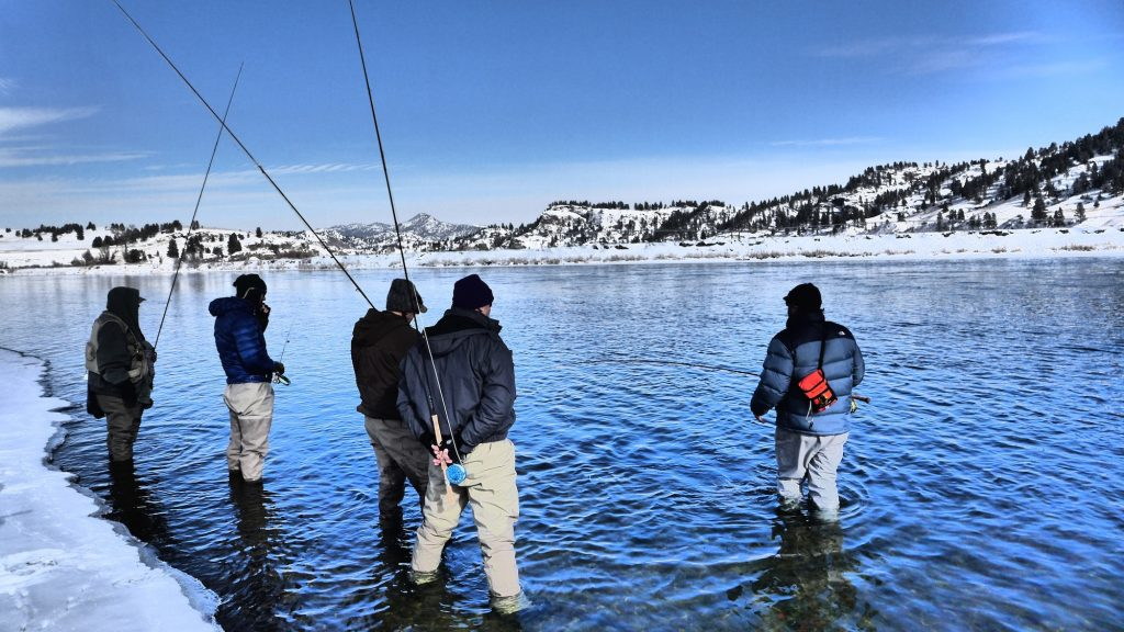 Headhunters winter fly fishing events 2015 lodging for Winter trout fishing